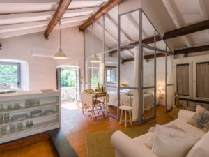 Casa Vacanze Liguria - Zuccarello - Aromi nel Borgo