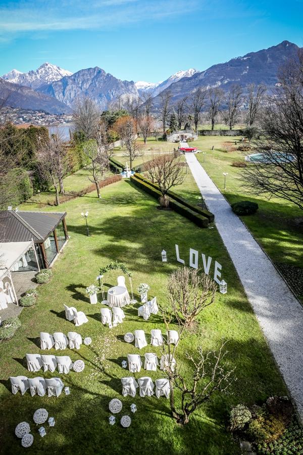 Una dimora storica immersa in un parco secolare.