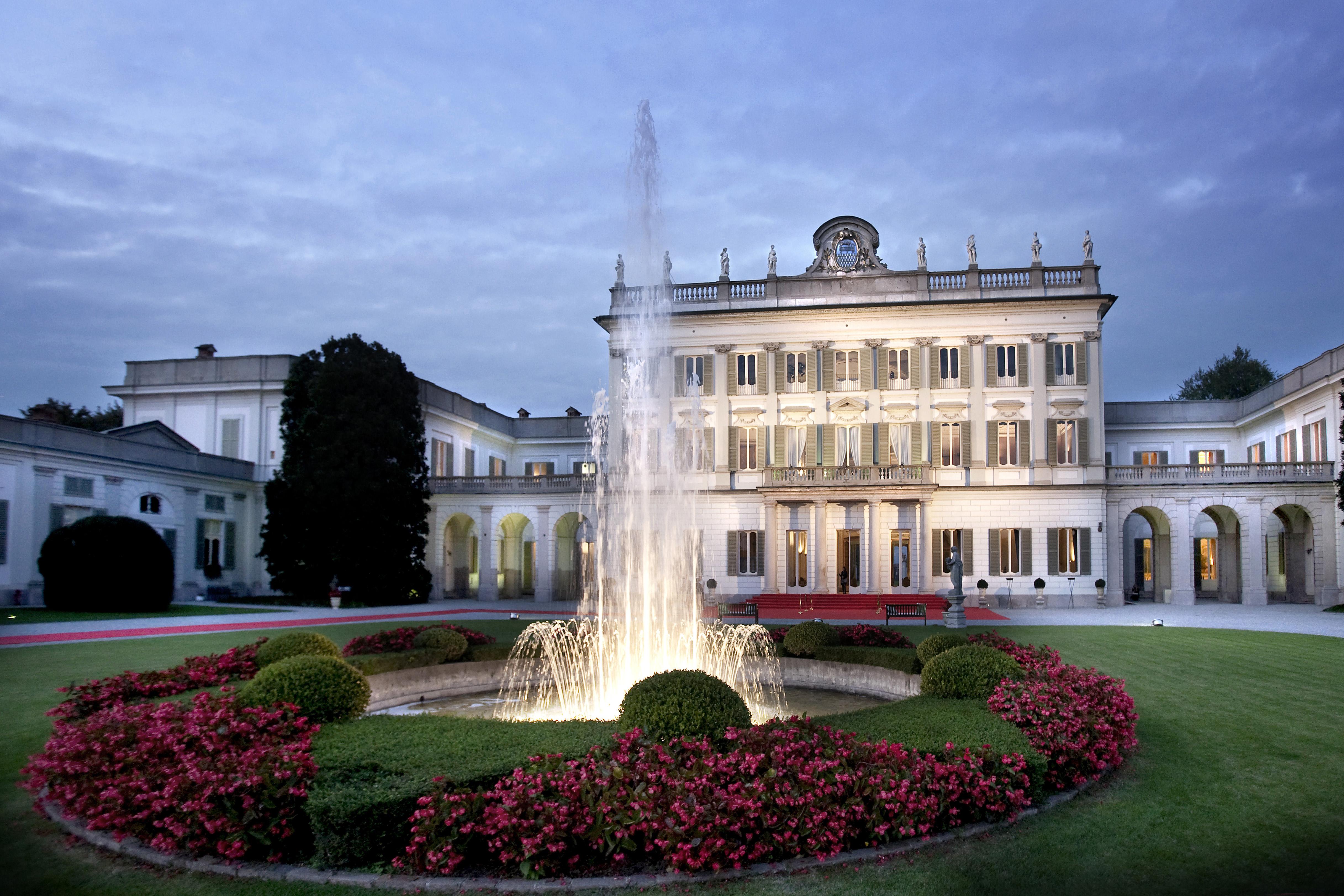 Villa Borromeo d'Adda, incantevole gioiello di fine Settecento.