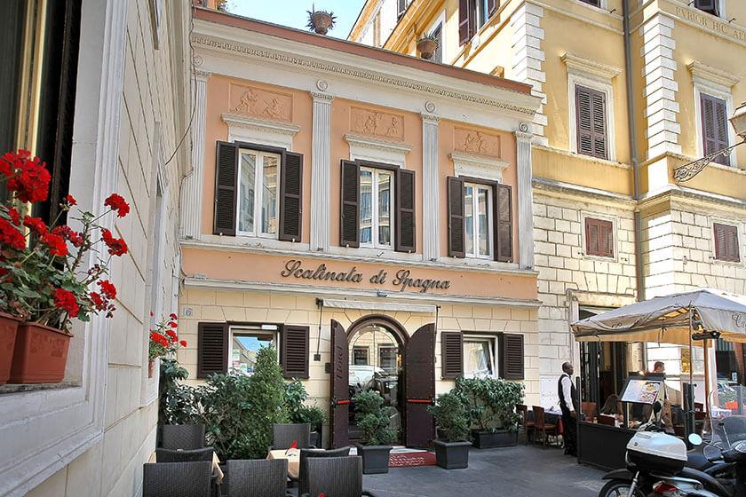 """Hotel Scalinata di Spagna, """"Your home in Rome"""""""