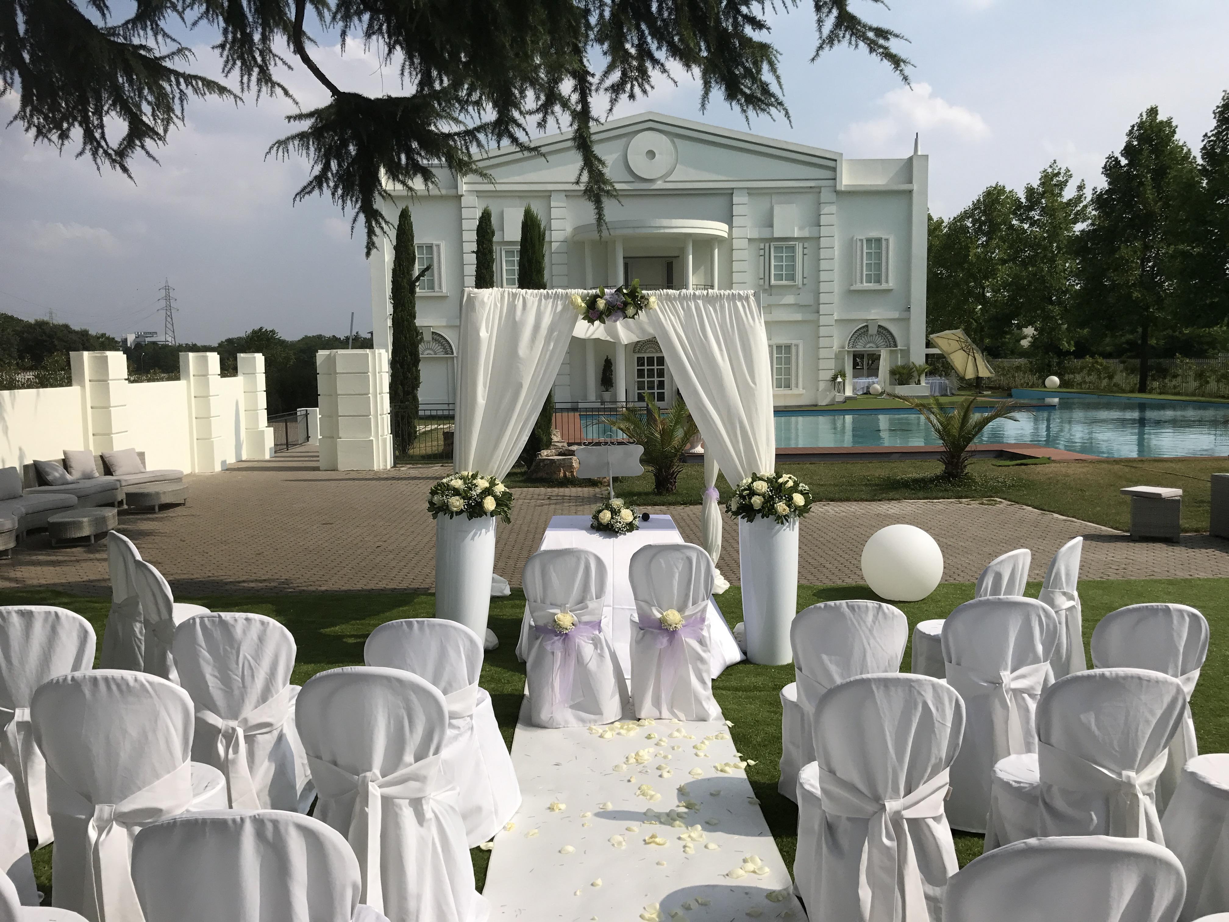 Matrimonio da sogno, nell'incanto di una villa a due passi da Milano.