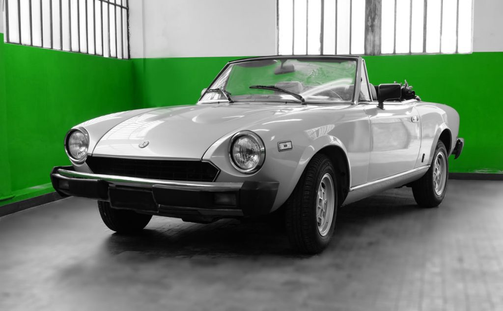 Classic Drives Rental & Sale: noleggio di spider e auto classiche.