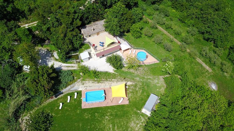 La Sorgente: B&B Casa Vacanze nel verde delle colline abruzzesi.