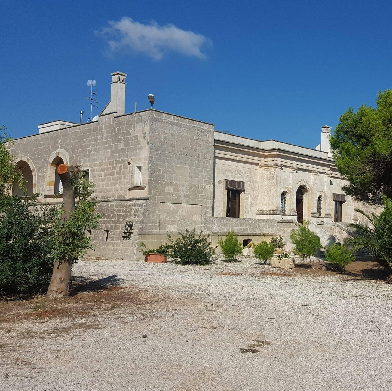 """Villa Boschetto: """"Un'oasi felice tra i profumi del Mediterraneo!""""…"""