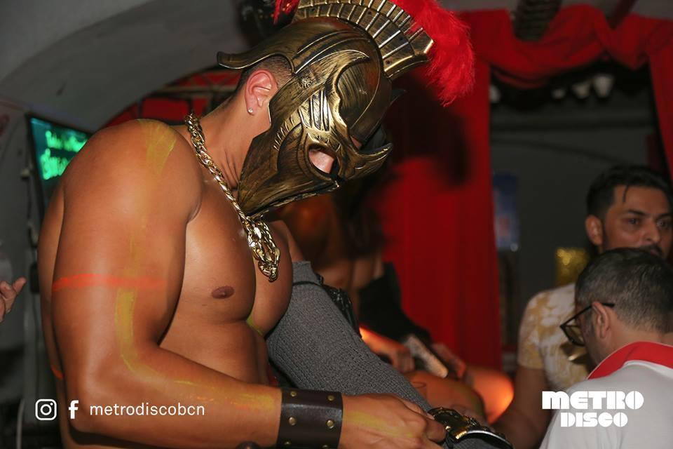 """Il Gladiators Disco Party il piu  """"Cool"""" di Barcellona!"""