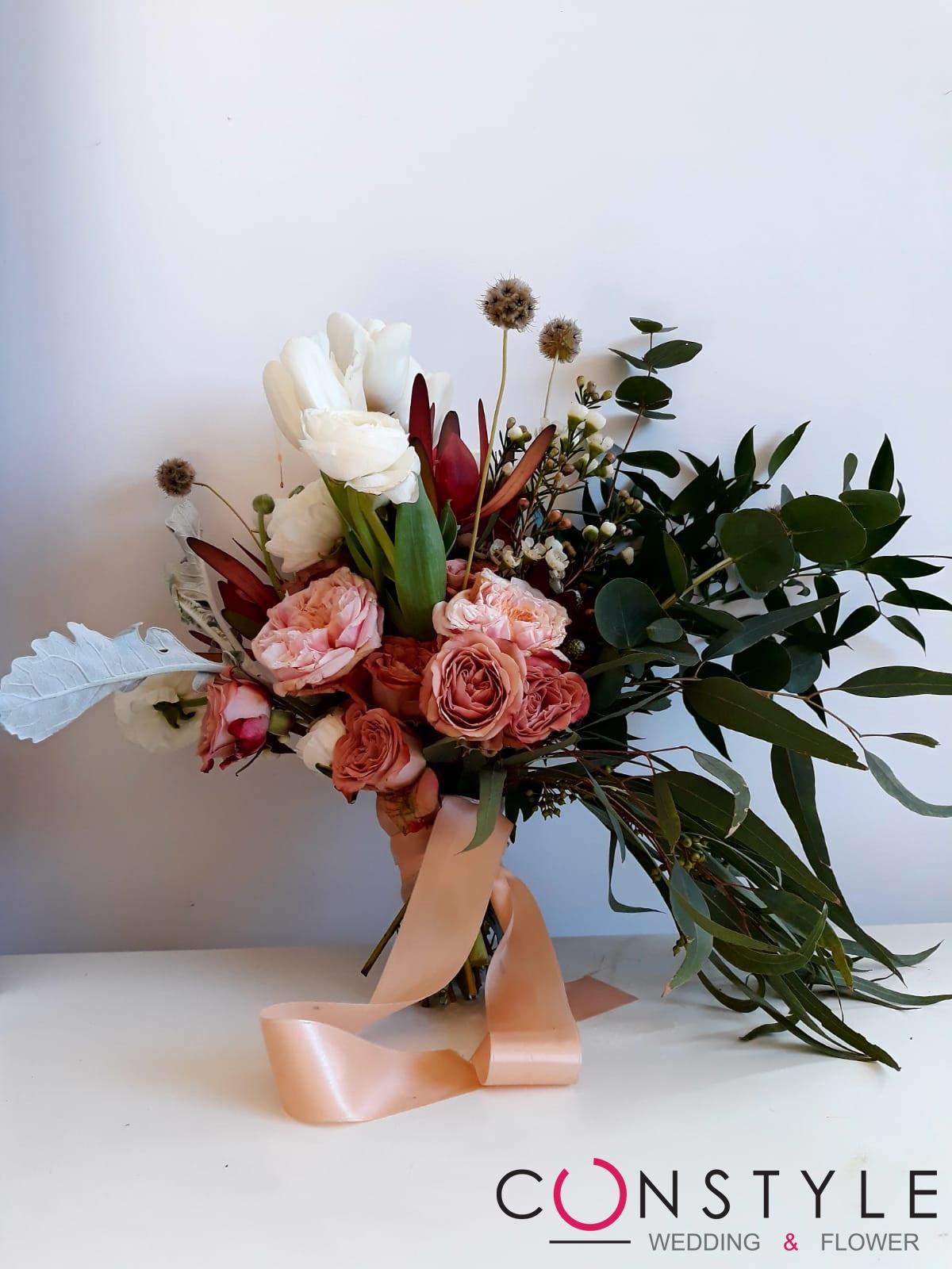 Constyle Wedding & Flower: i fiori ci rendono migliori, piu  felici e piu  utili agli altri.